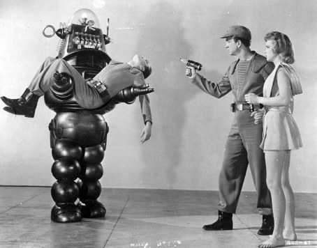 Robbie the Robot, a pre-comedy Leslie Nielsen, and pre-Honey West Anne Francis (who showed her gams a LOT in this one).